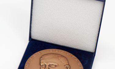 Cenny medal dla Bogusława Wypychewicza